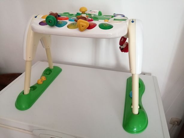 Mesa atividades bebé criança