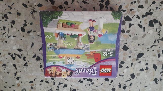 Lego Friends Kiosk Emmy 41098