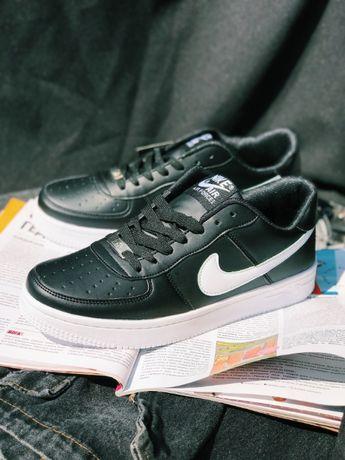 Супер Кроссовки белые с черным Найк Аир Форс Nike Air Force