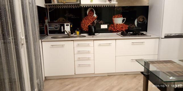 Кухня б.у.Длина 235 см