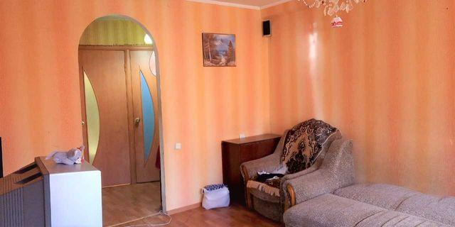 Продам 3-х комнатную квартиру с бытовой техникой