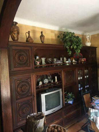 Móvel sala muita arrumação bem distribuído e muita qualidade
