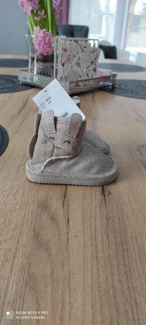 Nowe śniegowce dla niemowląt H&M r.18/19