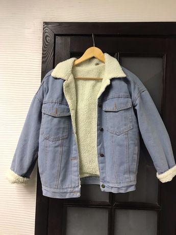 Топовые куртки с мехом