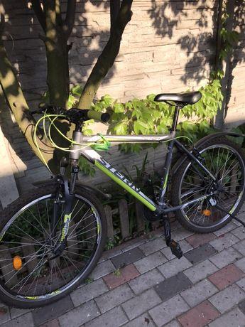 Велосипед новый STERN стелс с обвесами.
