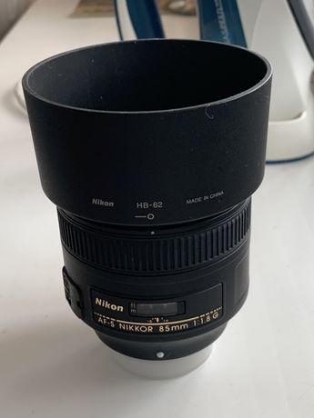 Обьектив Nikkor 85mm 1.8 AF-S