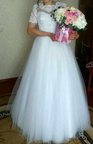 Весільне плаття від весільного салону SweetDreams