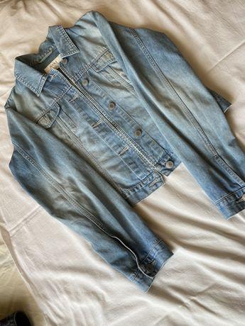 Голубая джинсовка