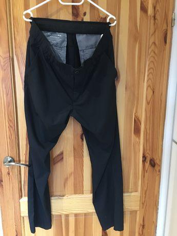 Sprzedam spodnie firmy Under Armour W36 L30