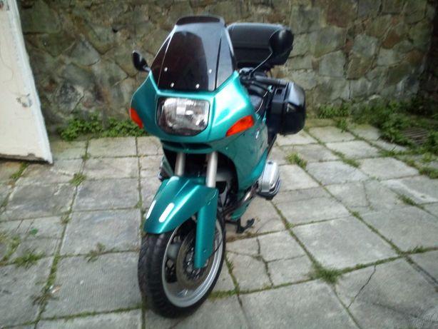 Sprzedam motocykl bmw r1100rs
