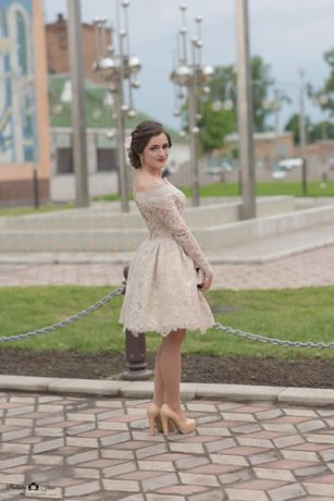 Продам платье на меленькую девочку