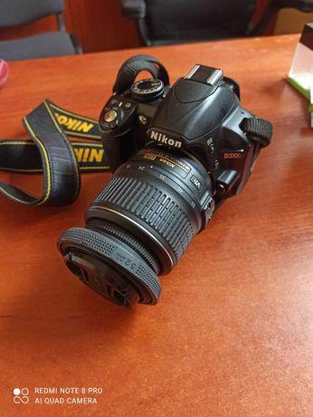 Nikon D3100 в хорошому стані