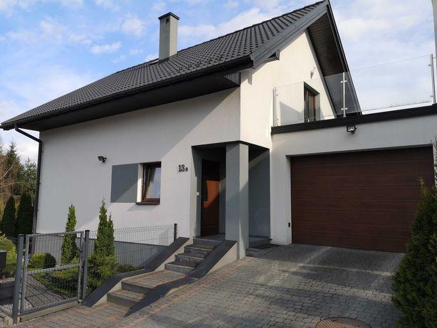Dom z ogródkiem i garażem w cenie mieszkania