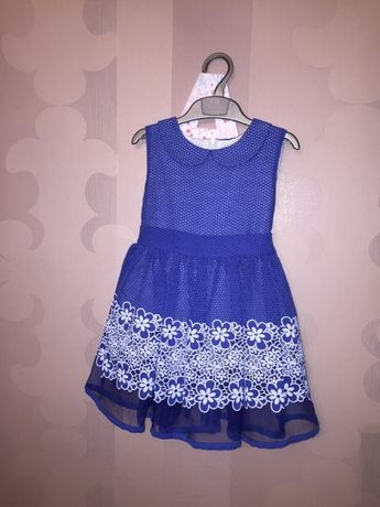Нарядное платье 104 см на девочку