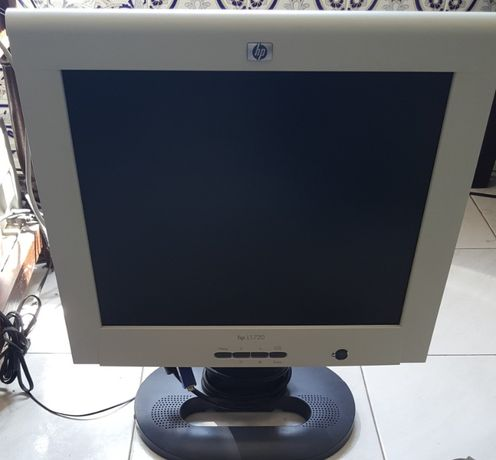Monitores TFT / LCD e CRT vintage