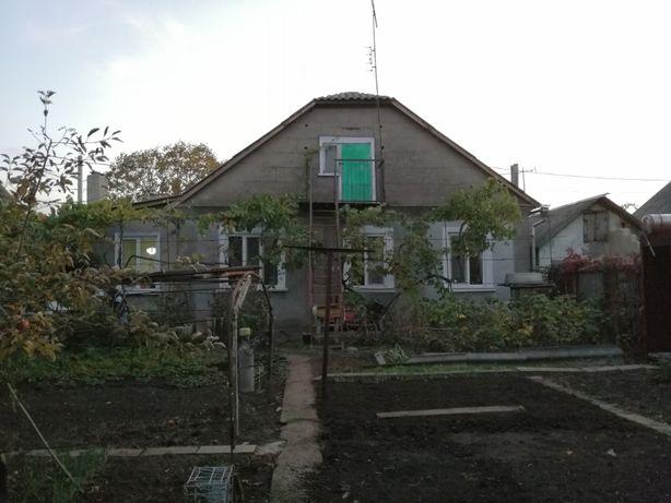 Продам крепкий дом на Ленпоселке,район Биопарка