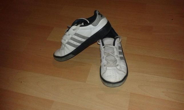 Buty Adidas adidasy rozmiar 26 1/2