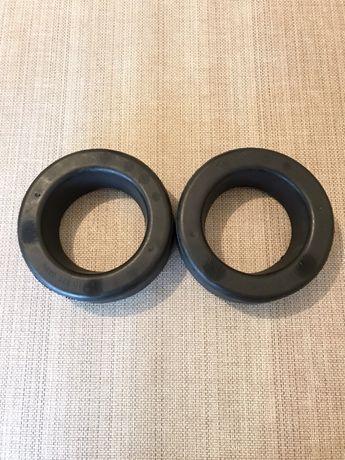 Проставка (резиновое кольцо) пружины передней верхняя A2103210484