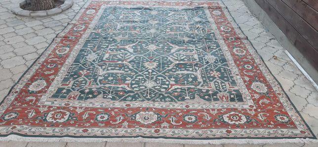 Ковер персидский
