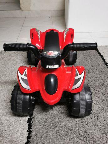 Moto 4 elétrica bebé + 1 ano