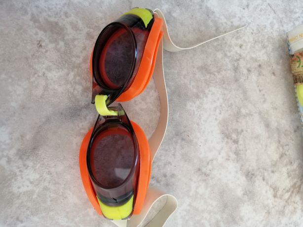Óculos de piscina