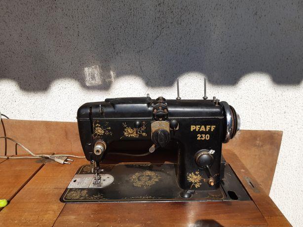 Máquina costura PFAFF 230
