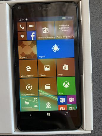 Smartfon Lumia 640 LTE 8GB nawigacja Windows 10