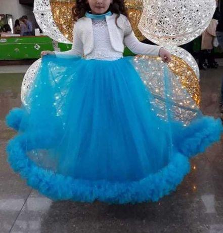 Прокат плаття на святкування