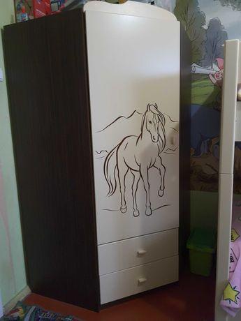 Детская двухъярусная кровать и угловой шкаф Meblik