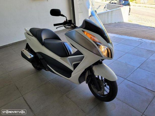 Honda Forza forza 300