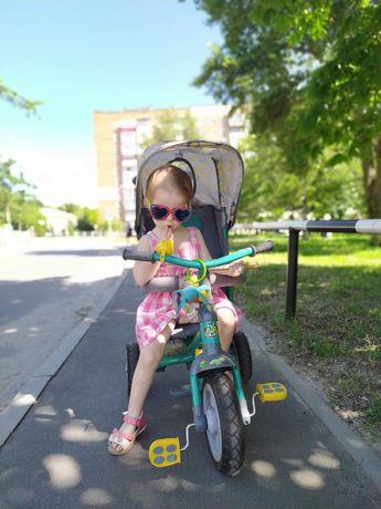 Продам велосипед с родительской ручкой . Трёхколёсный велосипед