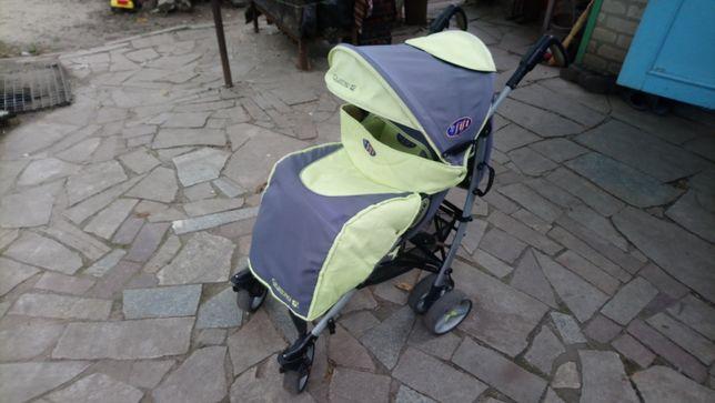 Прогулочная алюминиевая коляска трость Quatro fifi.