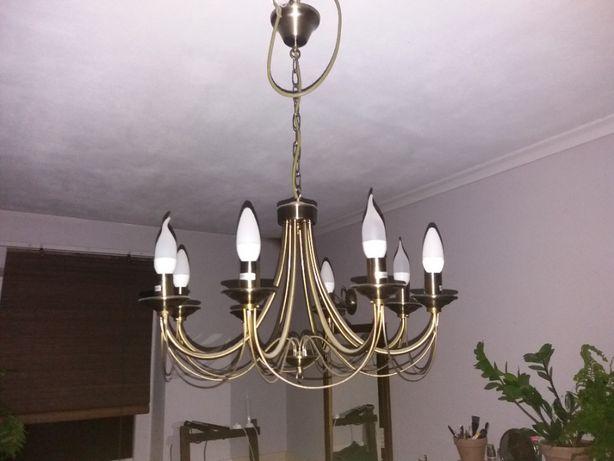 Żyrandol metalowy świecznikowy JEWESA 8-ramienny plus kinkiet