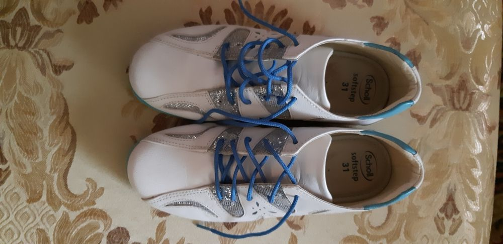 Кожаные ботинки, кросовки для девочки Италия, blumarine, tvin set Львов - изображение 1