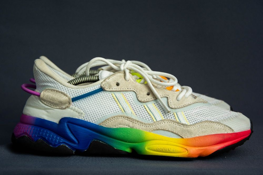 Кроссовки оригинальные Adidas Ozweego Ровно - изображение 1