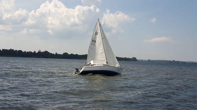 Jacht żaglowo-motorowy Carina bdb stan zadbany pełne wyposaż zamiana