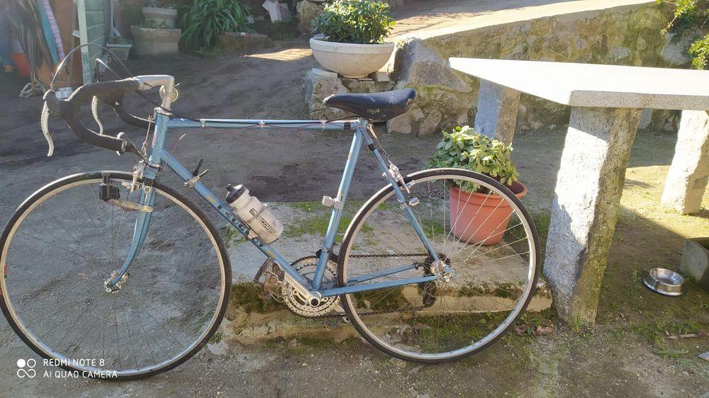 Bicicleta PEUGEOT Navió E Vitorino Dos Piães - imagem 1
