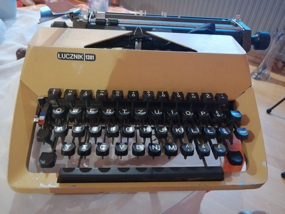 Maszyna do pisania łucznik 1301 Zabrze - image 1