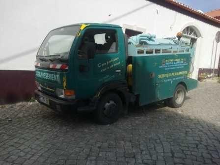 camião de desentupimentos e saneamentos