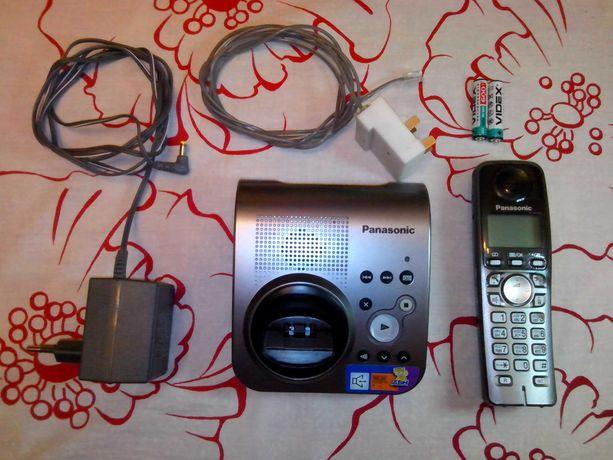 Радиотелефон Panasonic KX-TG7227UA с автоответчиком и с аккумуляторами