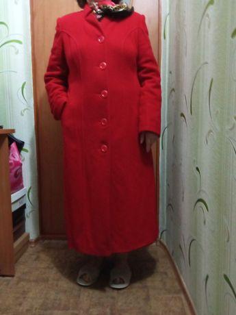Продам утеплённые пальто