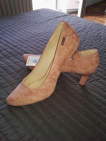 Sprzedam nowe  buty szpilki r 41
