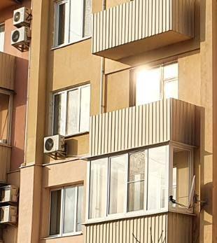 4 кімнатні апартаменти 138 кв.м. в 5 поверховому будинку