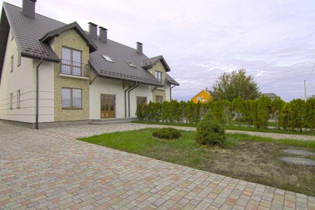 Продается дуплекс, 155 кв.м. + 7сот. с.Мрия ,14 км по Житомирской тра