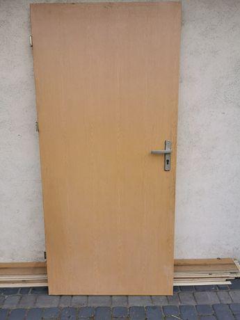 Drzwi wejściowe lewe