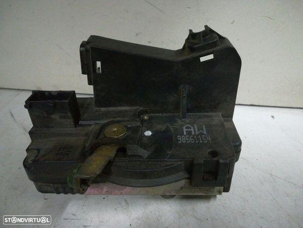 Ficheira Frt Drt Frente Direito Fecho Porta Opel Astra G Combi (T98)