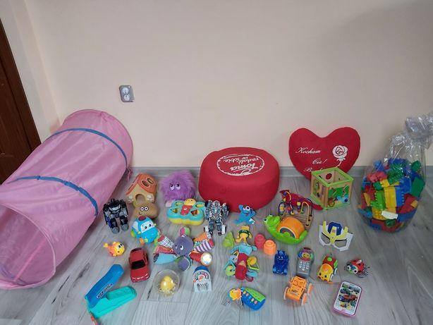 Duży zestaw zabawek dla dziecka