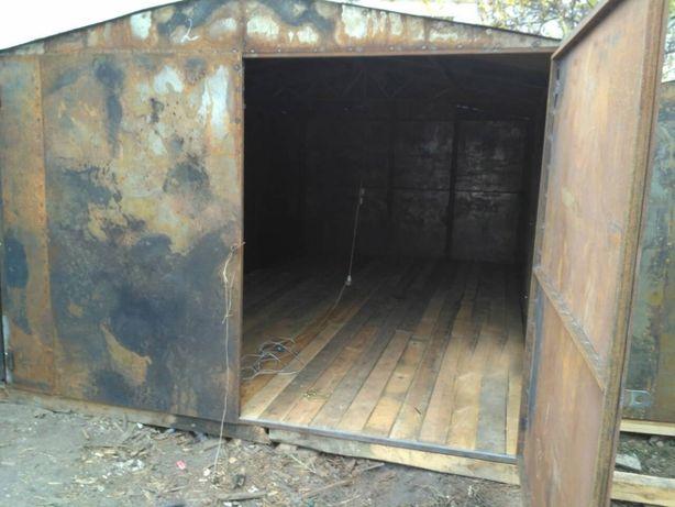 сдам металлический гараж на Троещине в Киеве в частном секторе