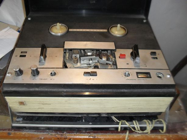 магнитофон Маяк-202