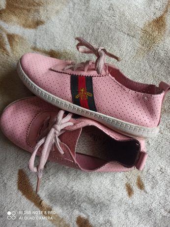 Летняя обувь для девочки босоножки кроксы  мокасины слипоны